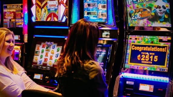 What are the myths and misconception with online casino? Is playing slot worth?