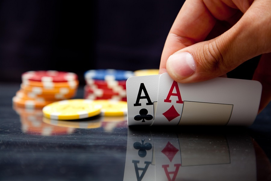 3 betting texas holdem