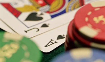 Betting can be fun and engaging with the best of games at poker domino